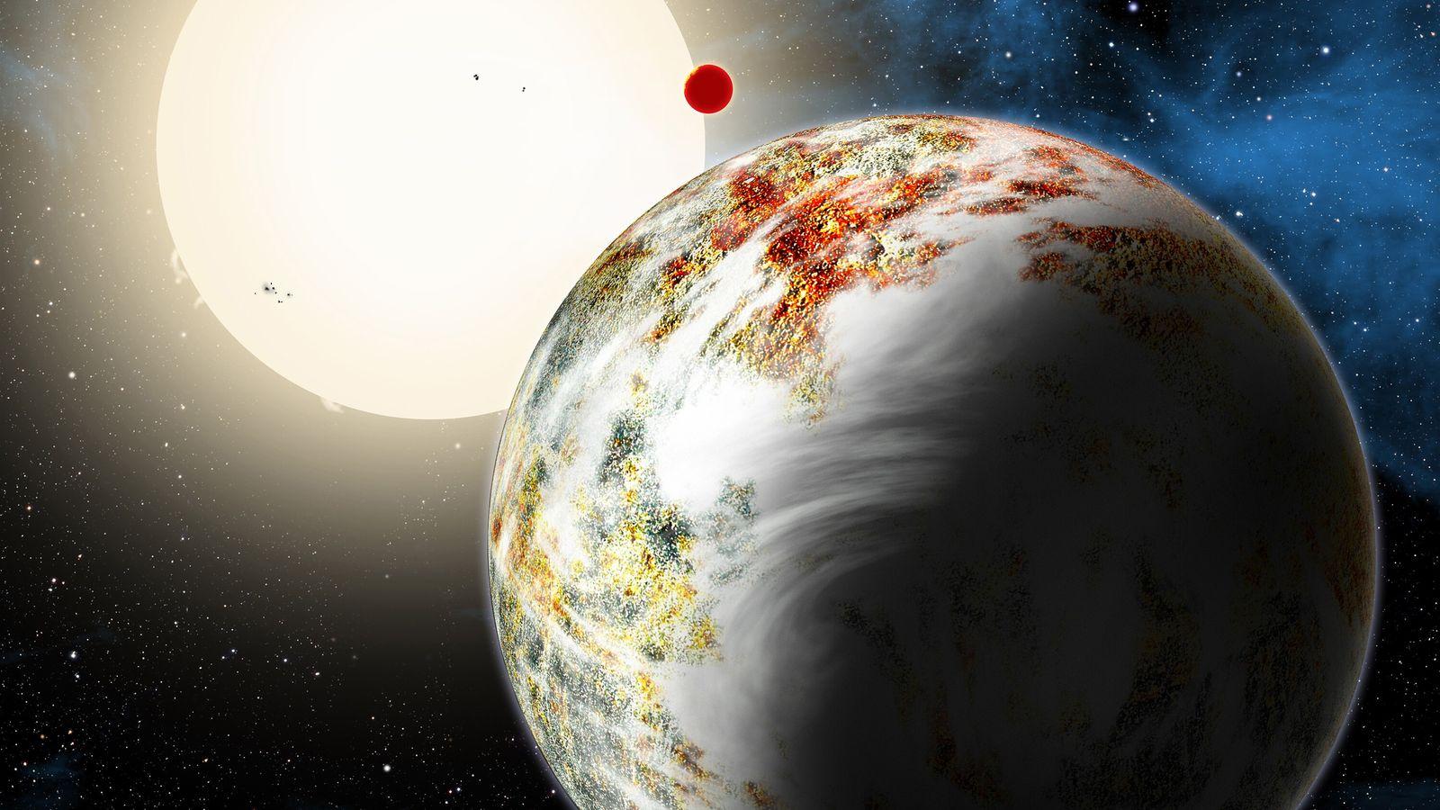 Kepler-10 c, surnommée Godzilla, est une exoplanète confirmée en orbite autour de l'étoile Kepler-10, une naine jaune semblable au Soleil dans la constellation du Dragon.