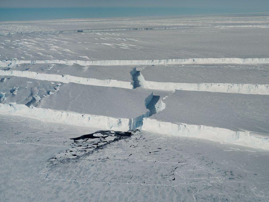 Un iceberg géant s'est détaché d'un glacier en Antarctique