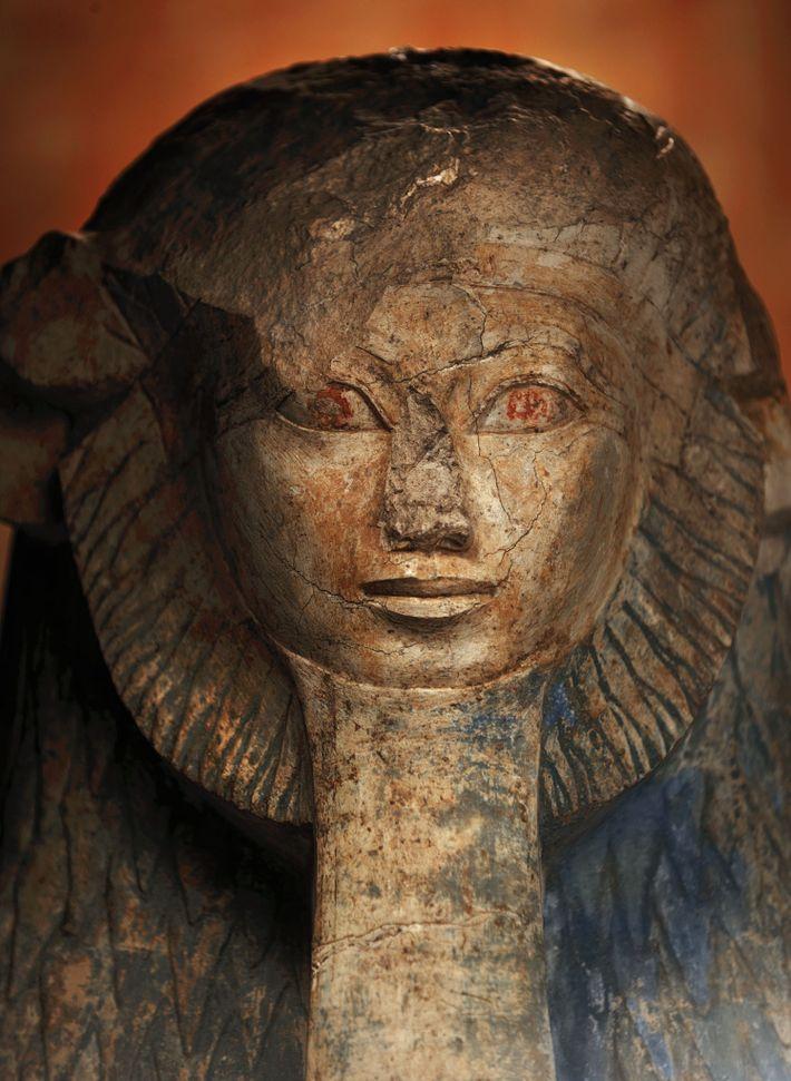 Hatchepsout a accédé au pouvoir en Égypte vers 1474 av. J.-C. Elle a souvent fait modifier ...