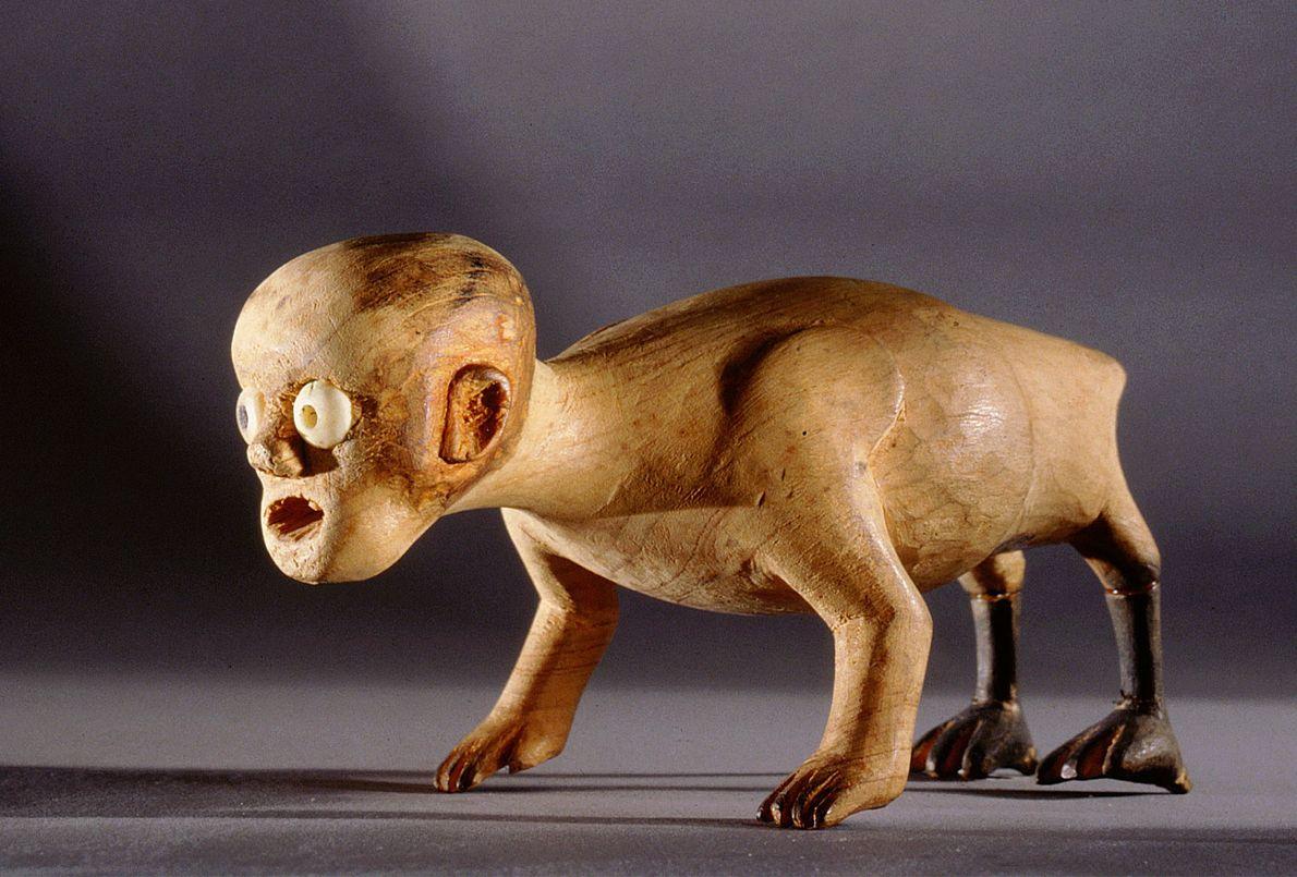 Mi-corbeau, mi-enfant mort, le Tupilak de la mythologie inuite du Groenland était une créature invoquée par ...