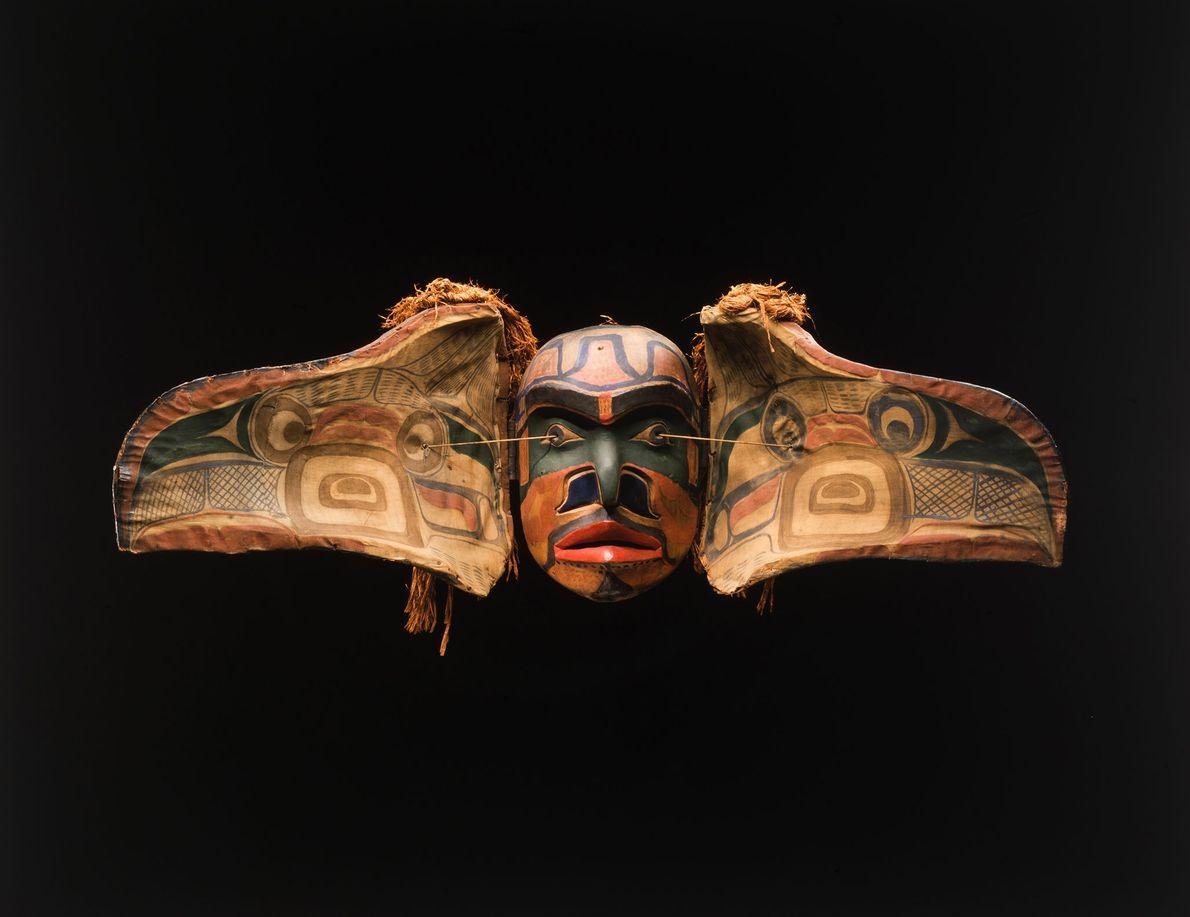 Les masques portés par le peuple amérindien Kwakwaka'wakw de Colombie-Britannique au Canada pendant les cérémonies du ...