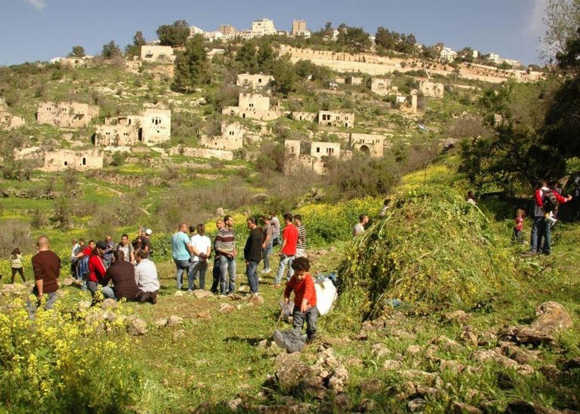Lifta était un village palestinien traditionnel de Jérusalem habité depuis l'Antiquité jusqu'au milieu du siècle dernier. ...
