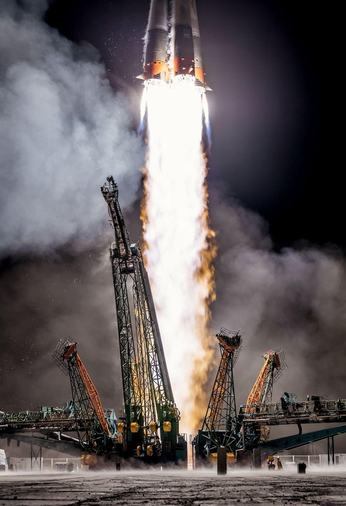 Grâce à des technologies qui ont fait leurs preuves, la Russie lance une fusée Soyouz en ...