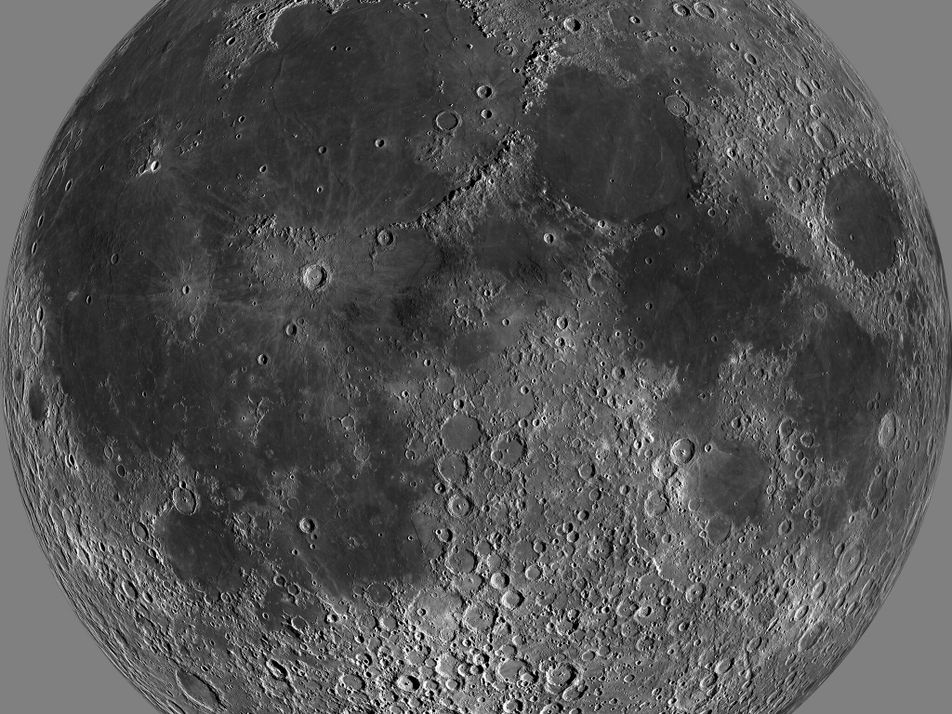 Il y aurait plus d'eau sur la Lune qu'on ne le pensait