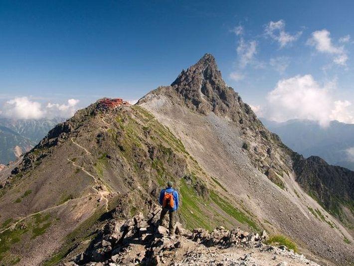 Mont Yari, Japon