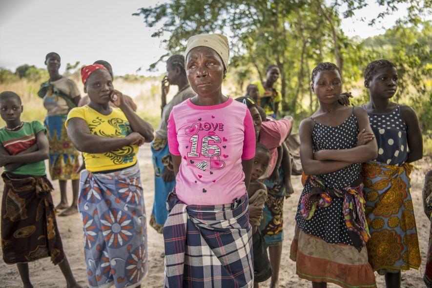 Certains villageois affichent leur inquiétude à l'annonce faite par le chef du projet de réintroduction des ...