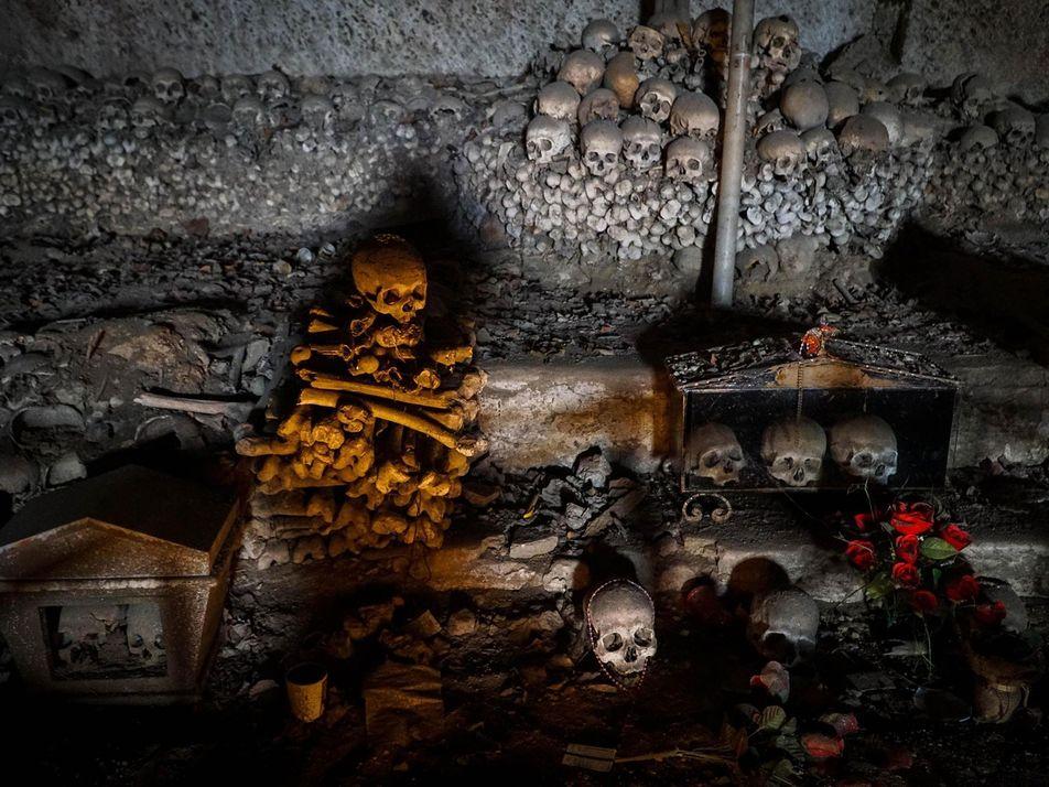 Naples : le jour des morts célébré dans la plus grande tradition