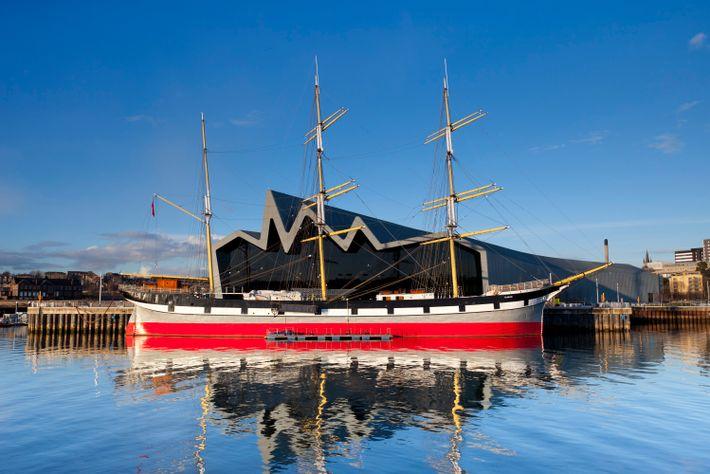 La riche histoire navale de Glasgow et les navires tels que le Glenlee (ci-dessus) font l'objet ...