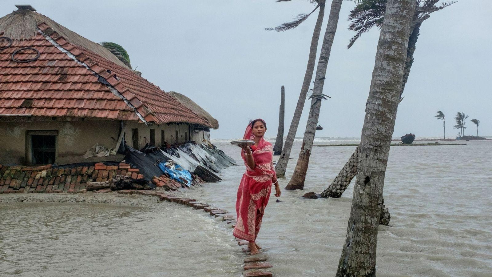 woman in flood Sundarbans