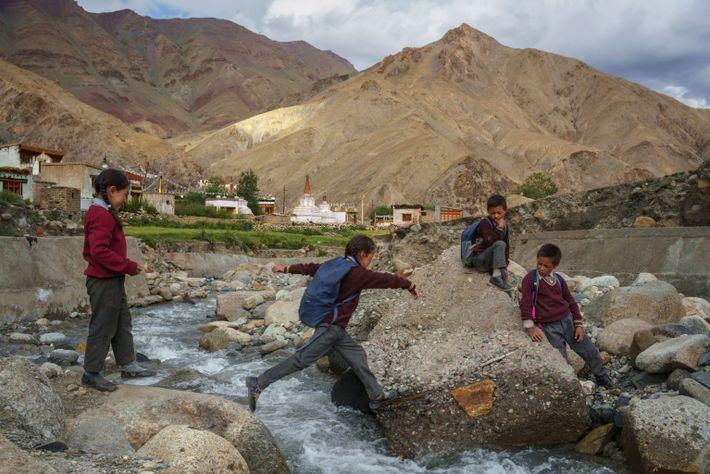 school children Ladakh