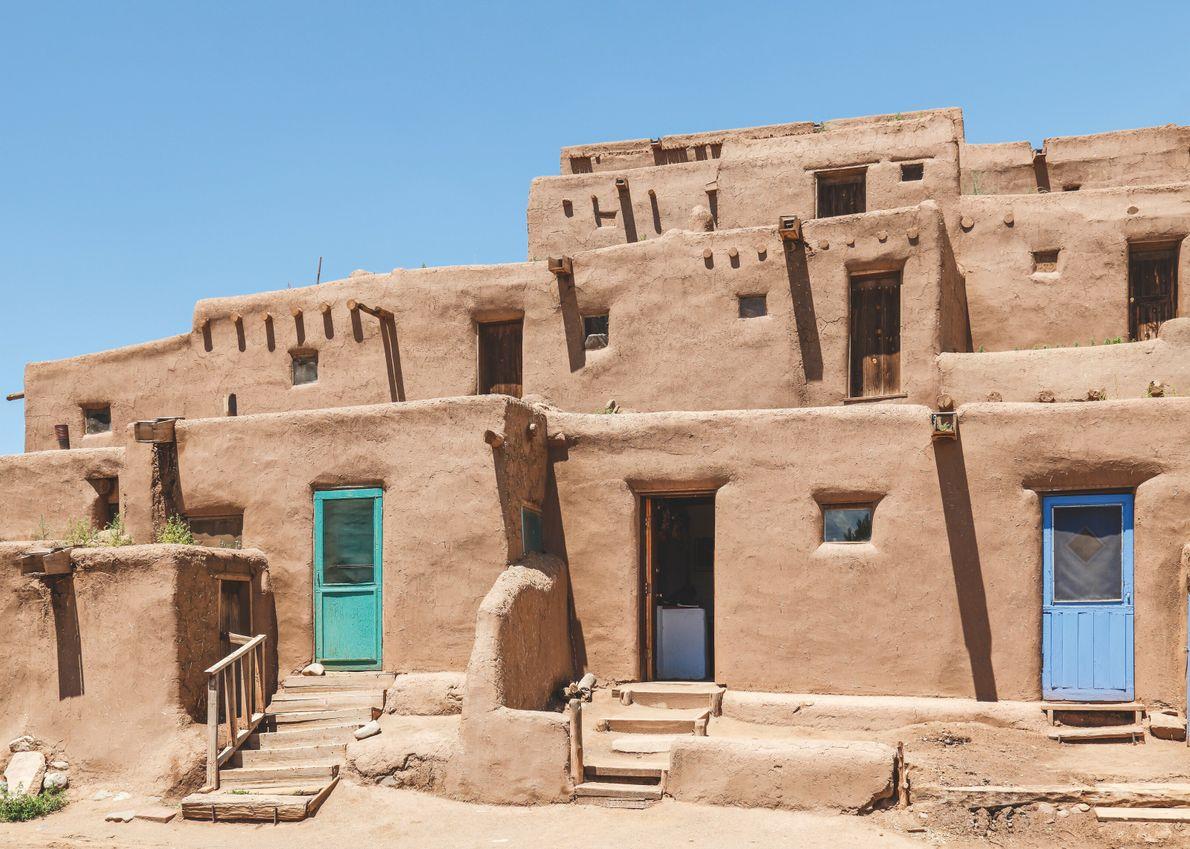 Nations Pueblo, États-Unis. L'architecture pueblo en adobe à Taos, au Nouveau-Mexique.