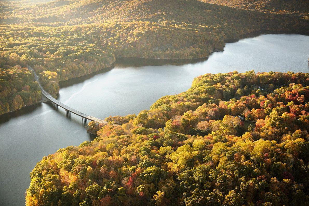 Comté de Westchester, New York «  Le New Croton Reservoir est un réservoir situé non ...