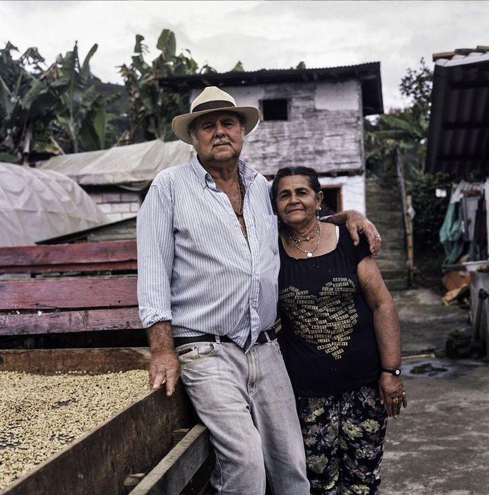 Don Fabio et son épouse Maria Lindelia Jaramillo Atehortua ont consacré leur vie à la culture ...