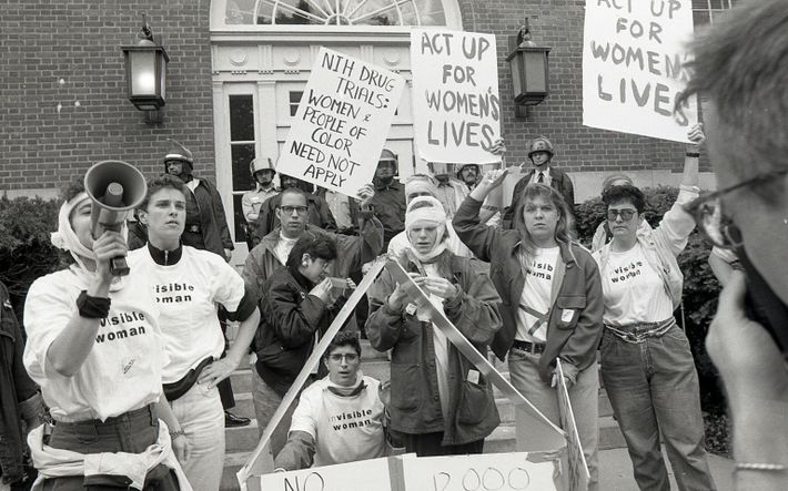 ACT-UP Women's Demo NIH 1990 :Donna Binder