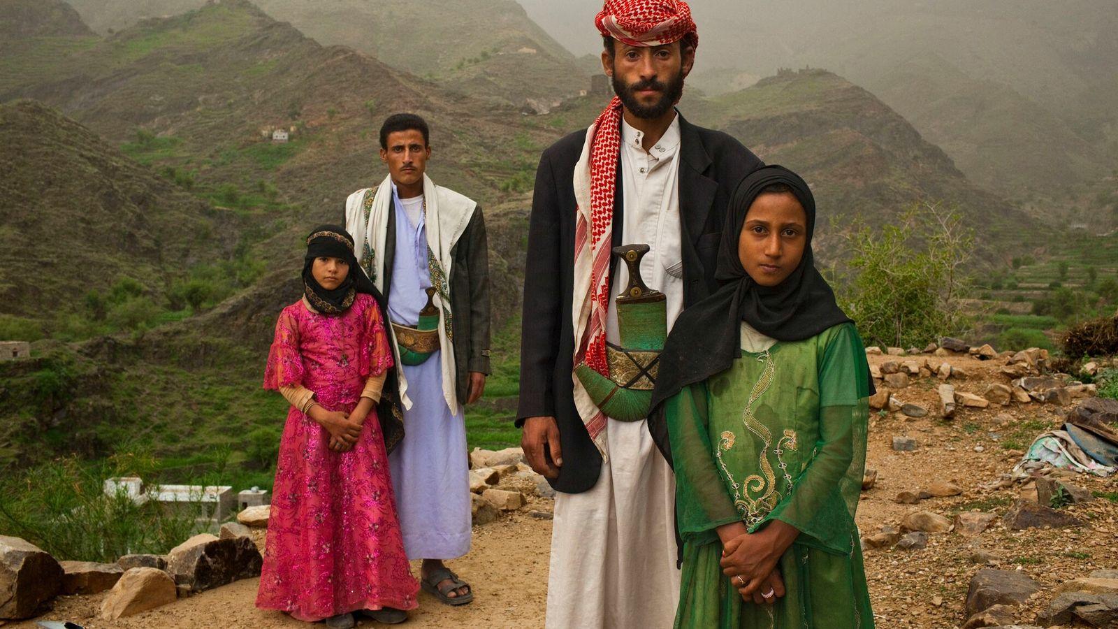 La photographe Stephanie Sinclair a parcouru le monde entier pour raconter l'histoire des épouses-enfants comme Tahani. Celle-ci ...