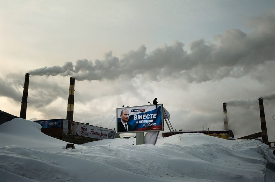 À 400 km au-dessus du cercle arctique, Norislk abrite le combinat industriel et minier de Norilsk ...
