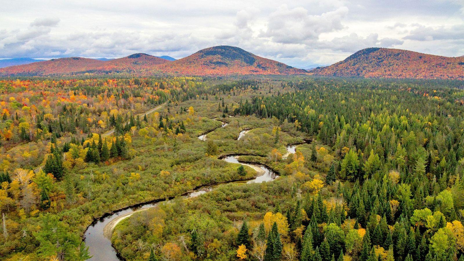 Avec ses 1200km, le Northern Forest Canoe Trail est le plus long sentier aquatique continu des ...