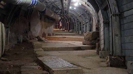Pour mettre au jour une ancienne voie piétonne de Jérusalem, les archéologues et ingénieurs israéliens ont ...