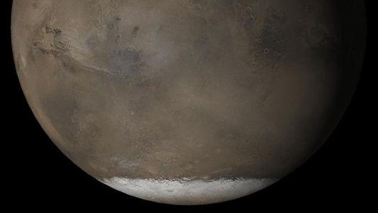 Mars : d'immenses lacs pourraient se cacher sous la surface de la planète rouge