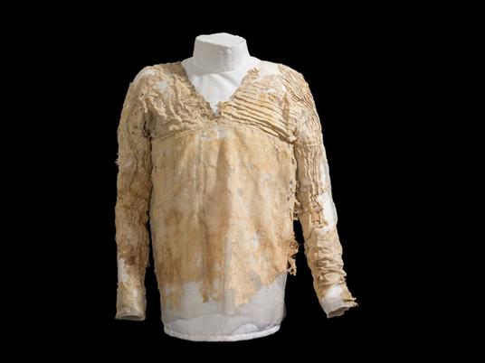 La plus vieille robe du monde raconte les débuts de l'Égypte antique