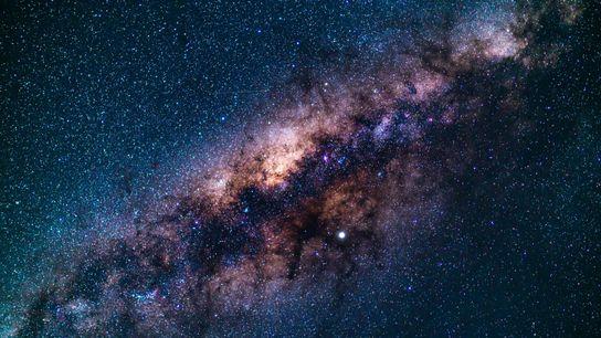 Ceci n'est pas de la science-fiction mais une prédiction scientifique : dans quatre milliards d'années, notre galaxie ...
