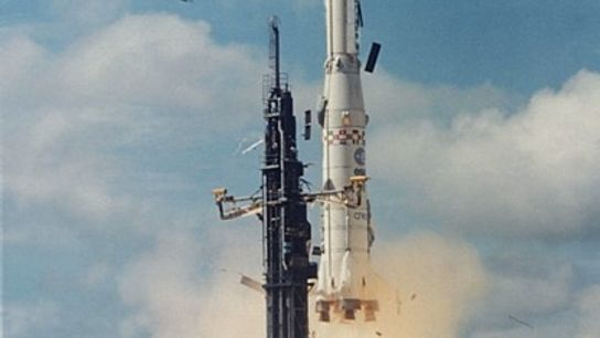 Premier lancement d'Ariane 1 le 24 décembre 1979 depuis le port spatial européen situé en Guyane.