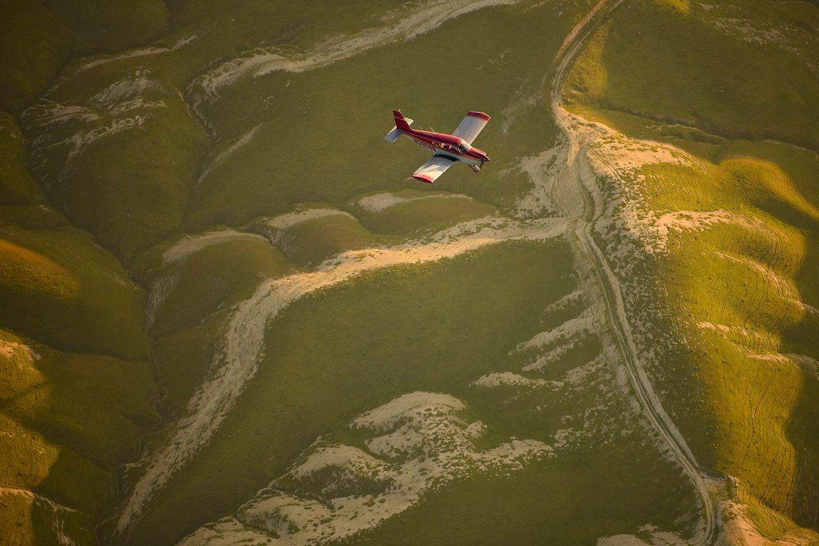 « J'ai volé en formation au-dessus des belles montagnes de la Californie. Il n'est pas évident ...