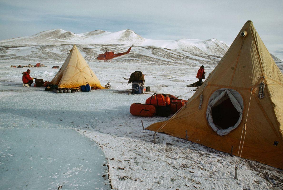Tentes sur glace