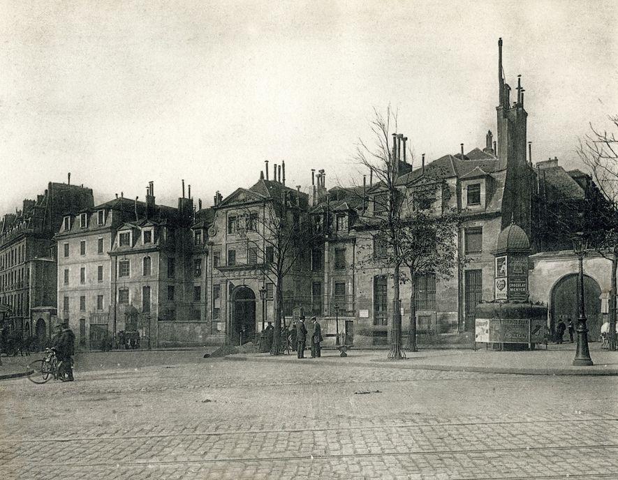 Prison pour femmes de Saint-Lazare, à Paris. À l'issue de son procès en juillet 1917, Mata ...