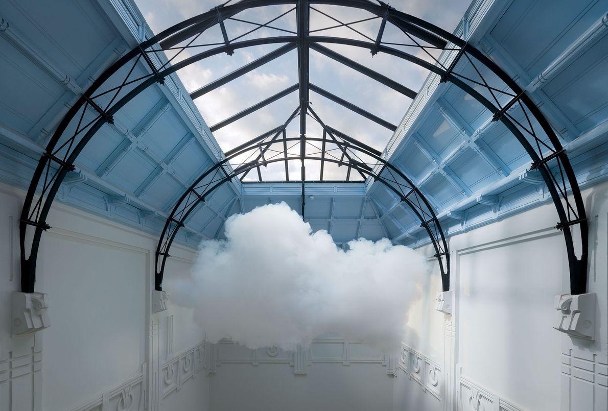 Un nuage qui semble envahir la collection De Groen Fine Art à Arnhem, aux Pays-Bas.