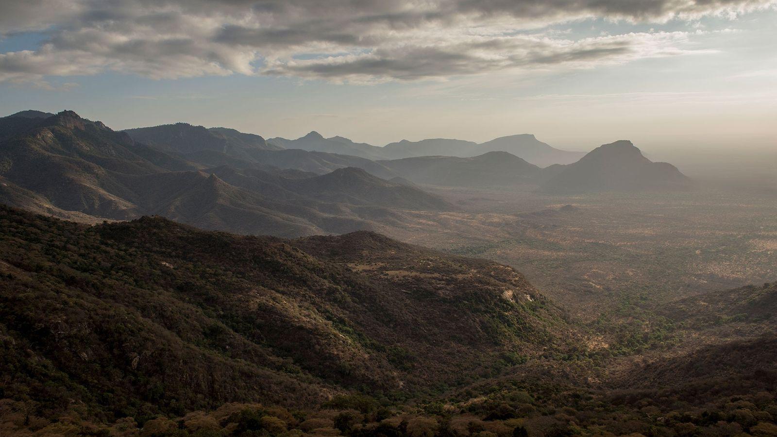 La Réserve Sarara, située dans le nord du Kenya. Des bergers locaux appartenant à 18 ethnies ...