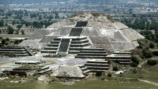 Mexique : Découverte d'un tunnel secret sous la pyramide de la Lune