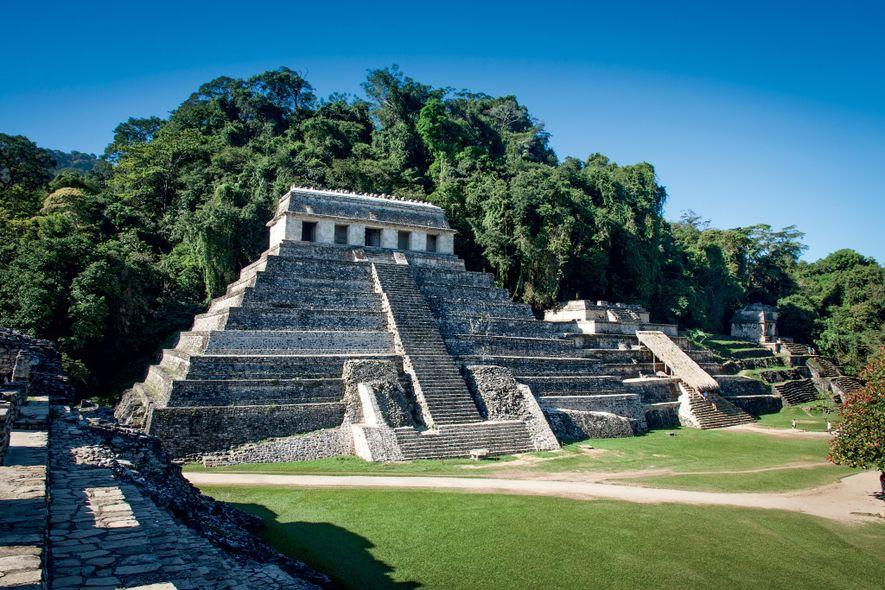La pyramide des inscritpions, à Palenque, renferme le tombeau de K'inich Janaab' Pakal Ier, découvert en ...