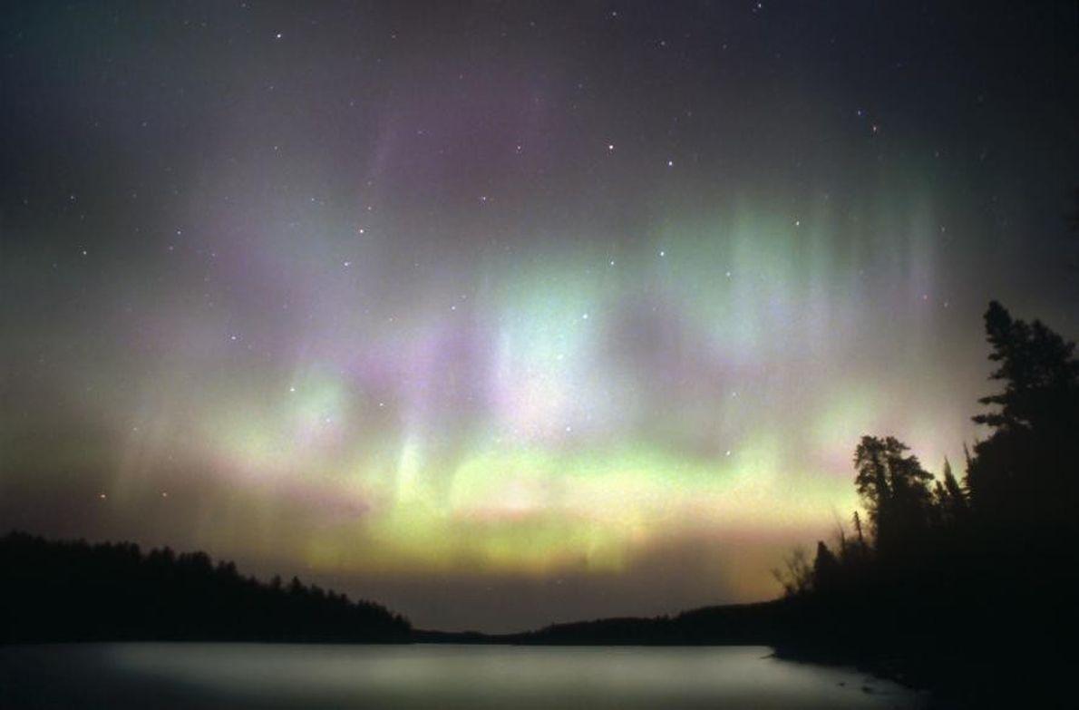 Remontez les rives du lac Supérieur, 230 km idylliques de Duluth à la frontière canadienne. En ...