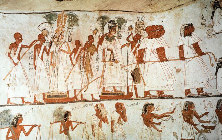 Une procession porte des figures d'Amenhotep III et de la reine Tiyi. Tombe du prêtre Ameneminet, 18e ...