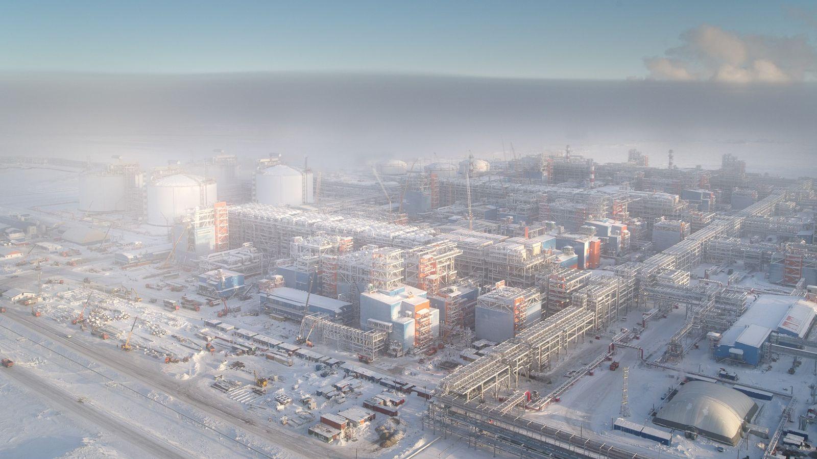 L'usine GNL de Yamal, achevée en décembre dernier, peut liquéfier 16,5 millions de tonnes de gaz ...
