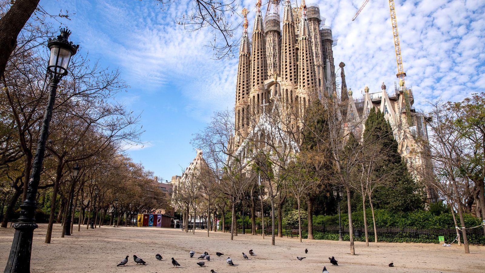 La Sagrada Família de Barcelone est désormais fermée aux visiteurs depuis le 13 mars en raison ...