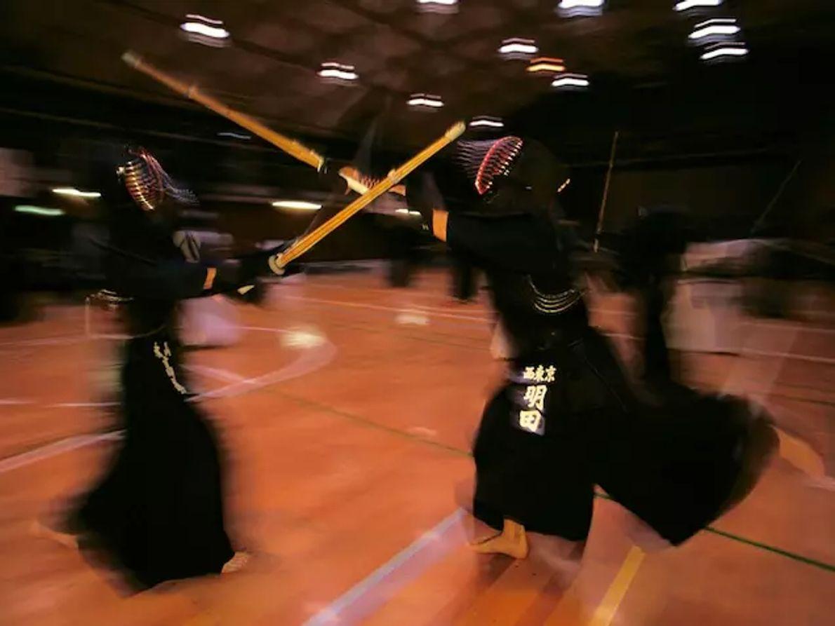 Une fois les guerres terminées, de nombreux samouraïs se sont tournés vers les arts martiaux comme ...
