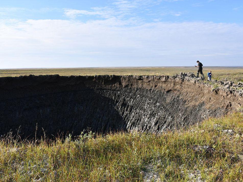 Découverte d'un immense cratère en Sibérie