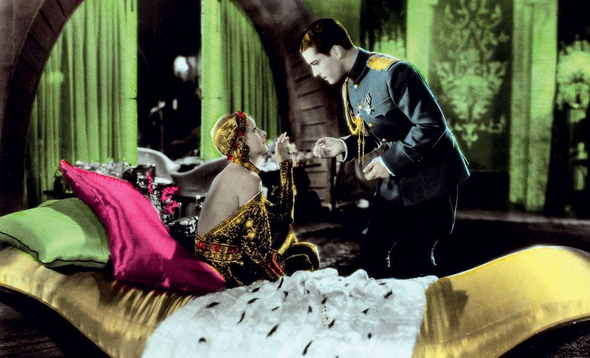 Le film de 1931 n'est qu'inspiré de l'histoire vraie de Mata Hari : Mata Hari y ...
