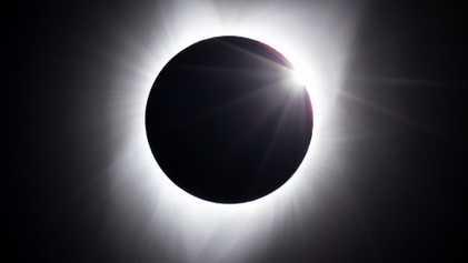 Les premières images de l'éclipse solaire du 21 août
