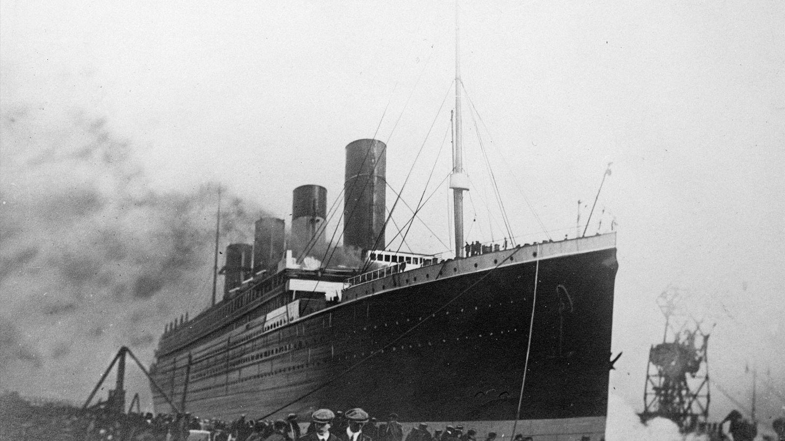 Le Titanic était équipé d'une technologie sans fil permettant aux passagers d'envoyer des messages pendant la ...