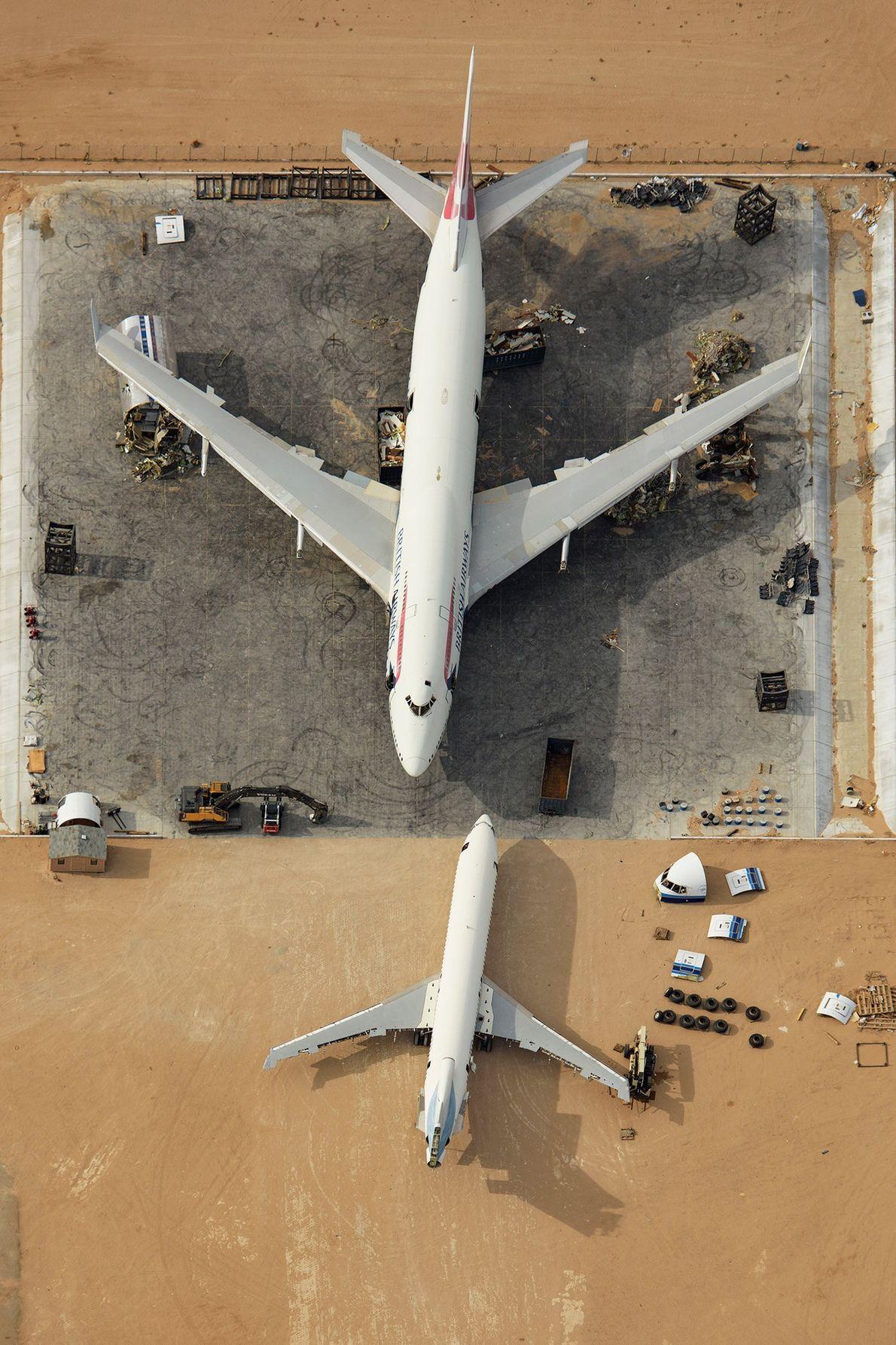 Un Boeing 747 qui a fini sa carrière est entreposé dans le cimetière d'avions de l'Aéroport ...
