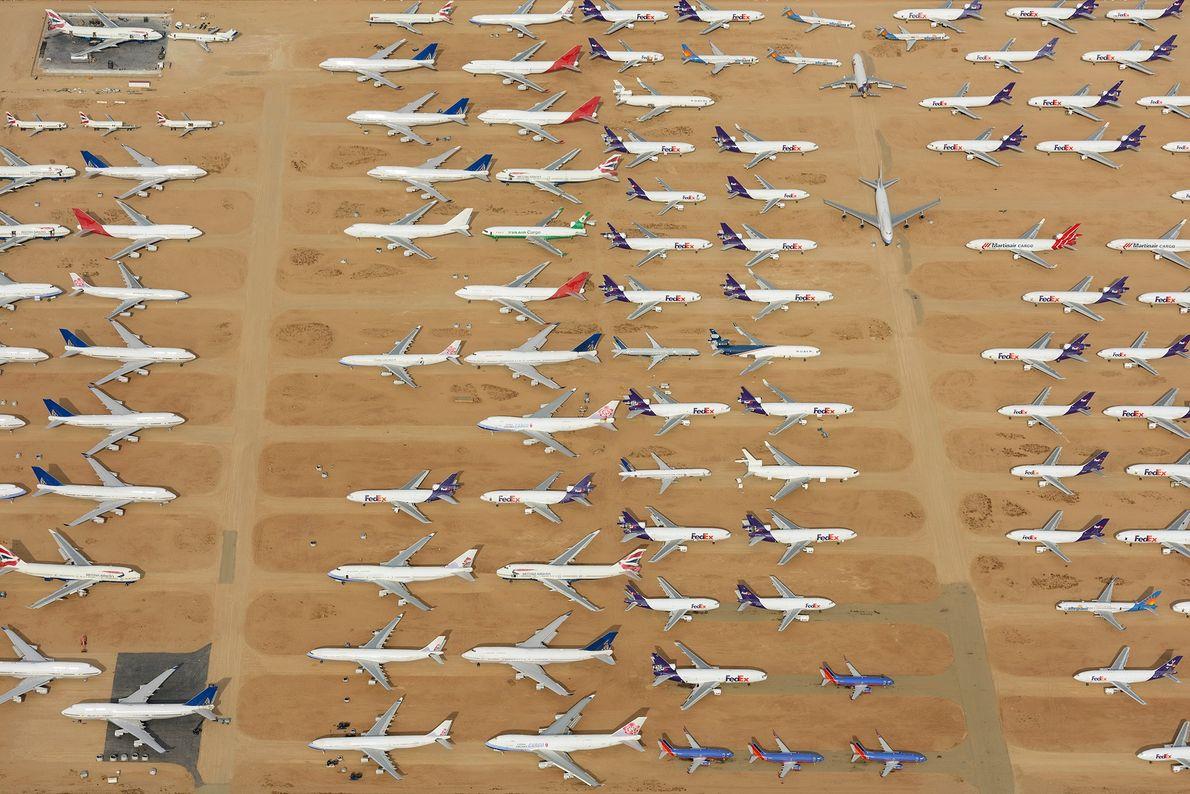 L'Aéroport Logisitique de la Californie du Sud est également connu pour être un cimetière d'avions.