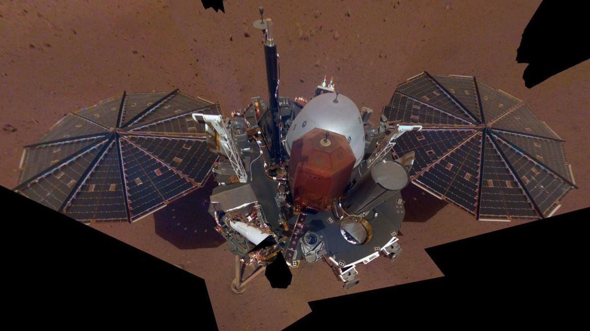Le satellite InSight Mars de la NASA a capturé son premier selfie intégral sur Mars le ...
