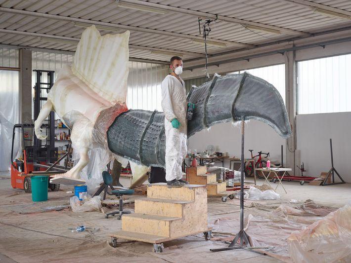 De nouveaux os génèrent denouveaux modèles. Dino Makers, une entreprise de sculpture de musée basée à ...