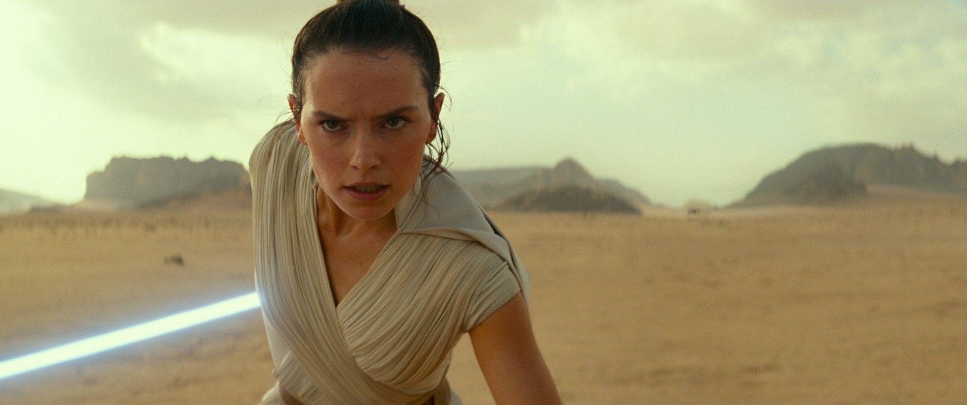 Rey (Daisy Ridley) dans une scène tirée de Star Wars : L'Ascension de Skywalker. Dans l'épisode ...