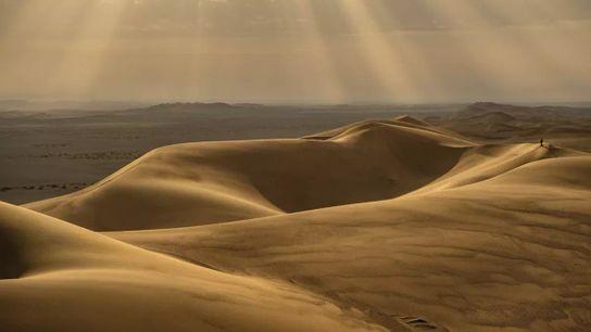 Au petit matin, un voyageur examine ce qui pourrait être l'endroit le plus chaud sur Terre ...