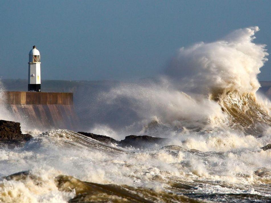 Les scènes apocalyptiques de l'ouragan Ophélia