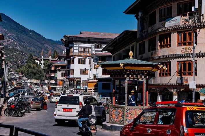 Les embouteillages à travers Thimphou, la capitale du Bhoutan.